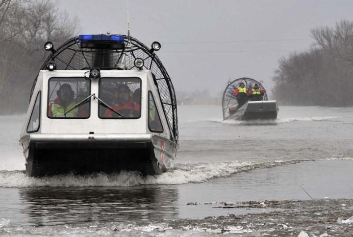 Coast Guard boat crews Midwest flooding