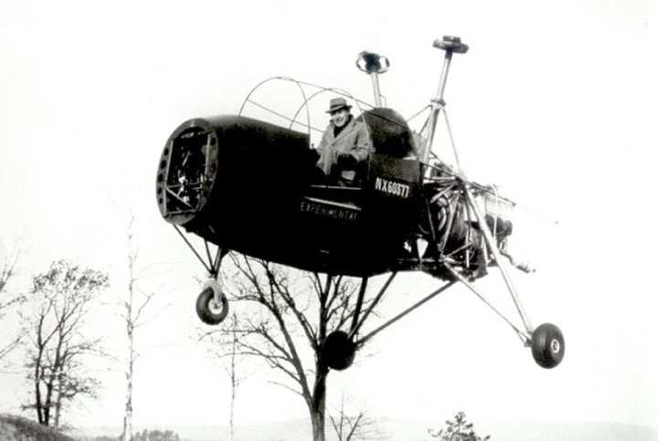 Charles Kaman Flying the K-125