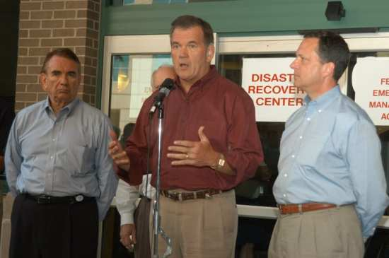 Secretary Tom Ridge in Floroda