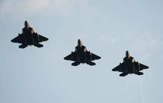 F-22 trio Spang