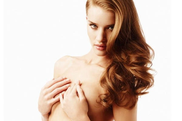 0rosie-huntington-whiteley-handbra-13