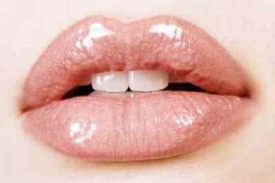 Que debemos tener en cuenta si nos rellenamos los labios