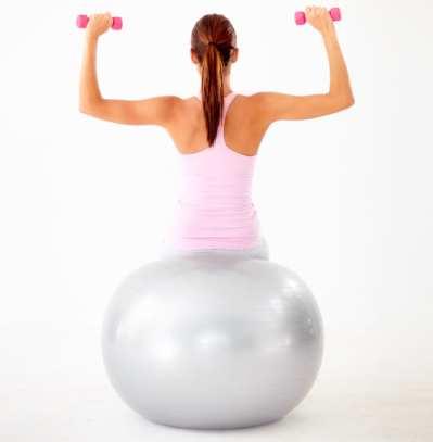 5 ejercicios con Fitball para unas abdominales perfectas