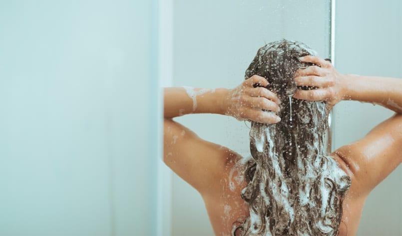 lavarse_pelo