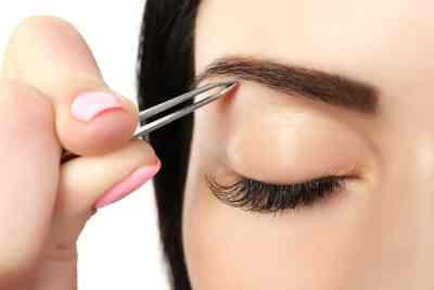 Cómo maquillar tus cejas correctamente