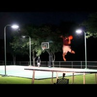 Trick Shot Battle - Dude Perfect
