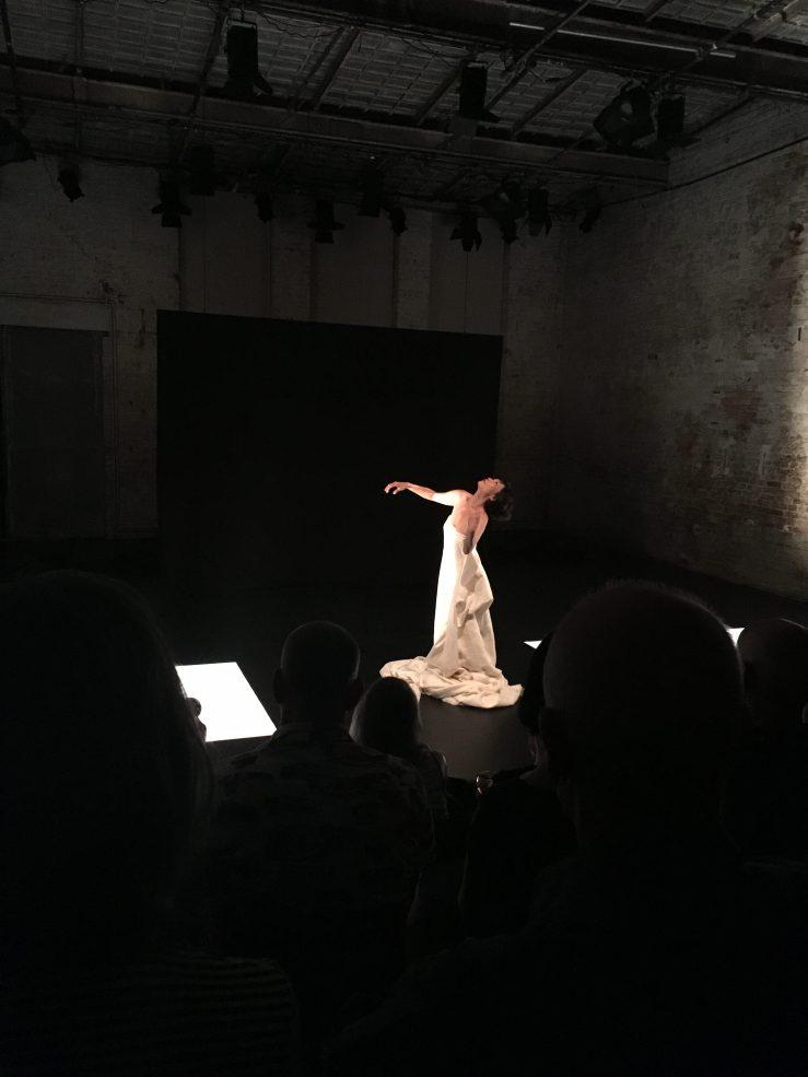 Junko Wada, Makura, 2019, Performance