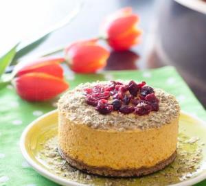 Tort cu dovleac si merisoare – raw vegan/de post