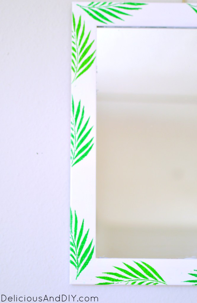 Palm Leaves Mirror- Delicious And DIY