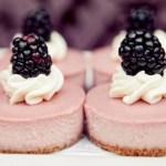 tartaletas tarta de crema avellanas fotografía de comida y postres foto macro de postres y dulces estrellas de galleta dulces café con leche blanco azúcar