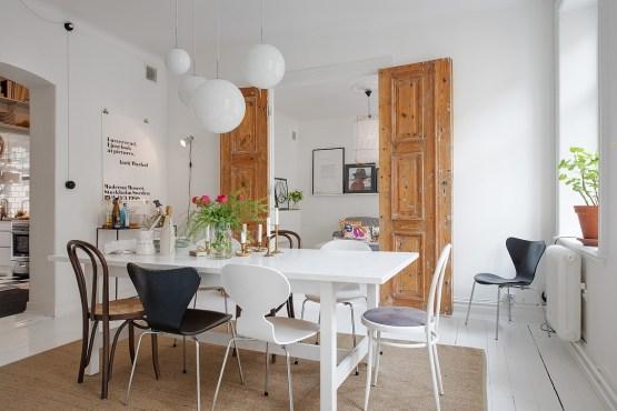 vitrinas mesas ikea sillas de diseño fritz hansen muebles de diseño estilo nórdico escandinavo decoración muebles ikea decoración en blanco y neutros decoración de comedores nórdicos comedor sencillo nórdico blanco Comedor de estilo nórdico   armónico y actual