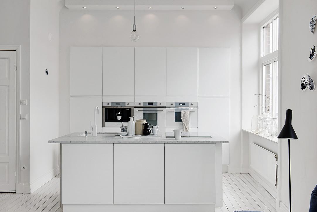 Cocina n rdica blanca moderna y sin adornos blog - Cocinas estilo nordico ...