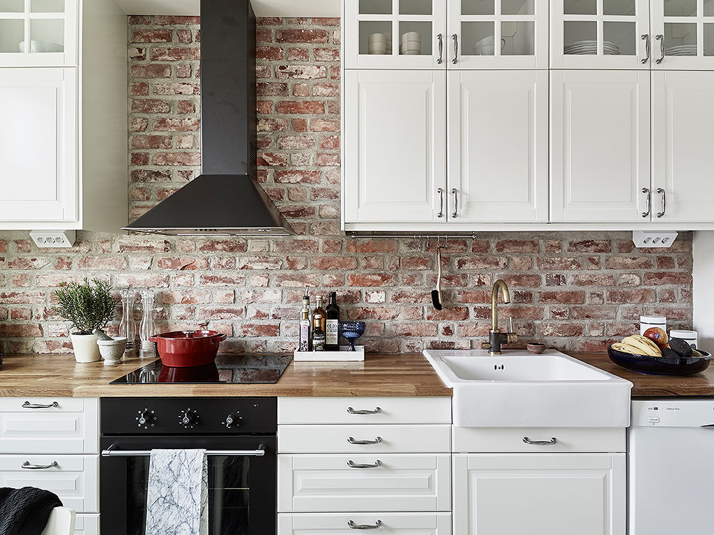 decoracion de interiores rusticos blanco:Brick Backsplash Kitchen