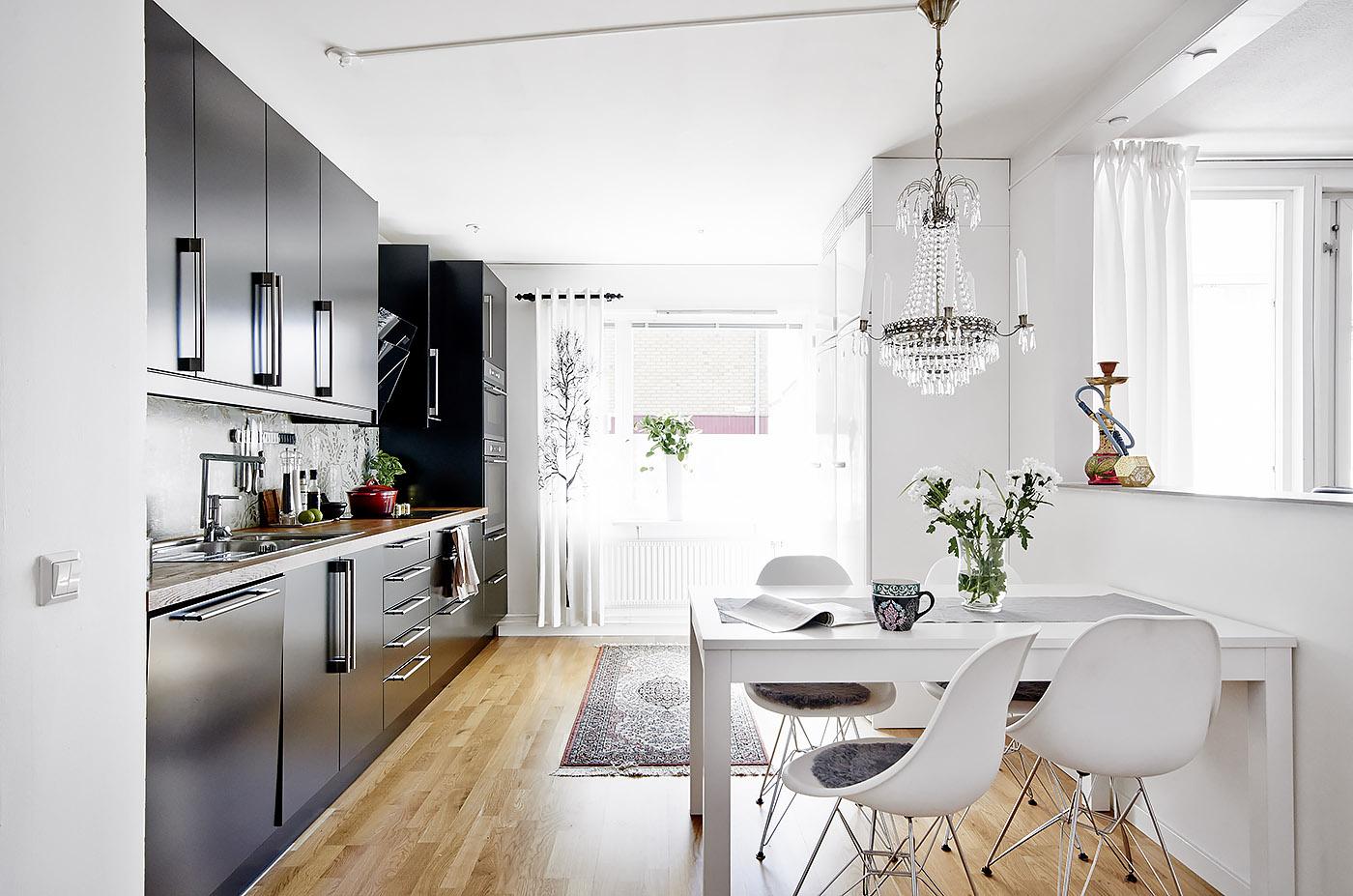 Cocinas negras delikatissen blog tienda decoraci n - Muebles diseno nordico ...