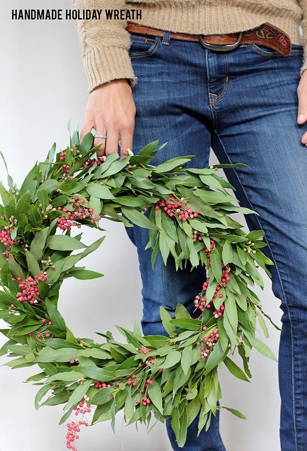 Festive Holiday Wreath 14