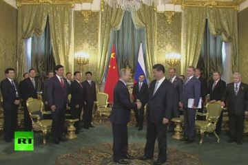 Xi Jinping and Putin meet in Moscow