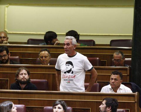 Diego-Canamero-renuncia-aforamiento-diputado_937117273_109865011_1536x1024