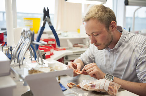 Dental Prosthetists Dentures Cosmetic Fitting Repairing Dentures