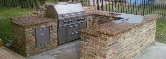 Denver custom outdoor kitchens and BBQ islands
