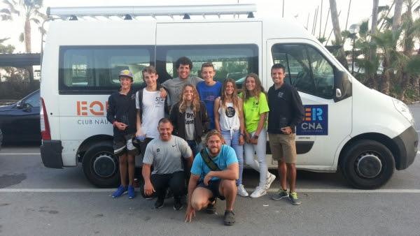 Parte del equipo de windsurf del Club Nàutic s'Arenal.