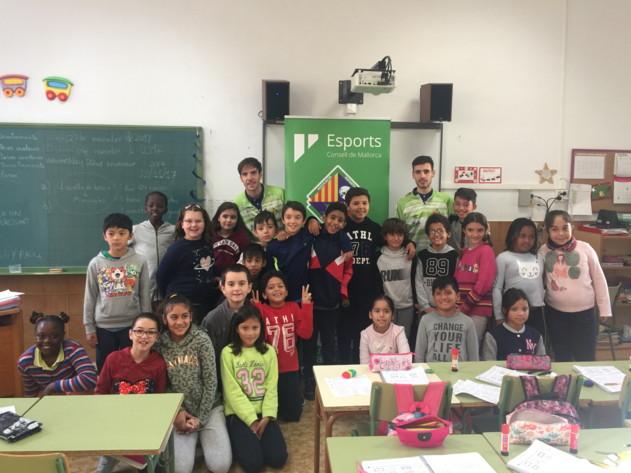 Carlos Barrón y Eloy Rojas visitaron el CP Es Vivero de Palma