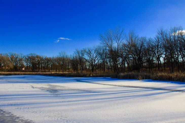 snow on ice