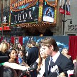Chris-Hemsworth-Premiere-de-Thor (2)