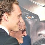 Tom-Hiddleston-Stan-Lee-Premiere-de-Thor (16)