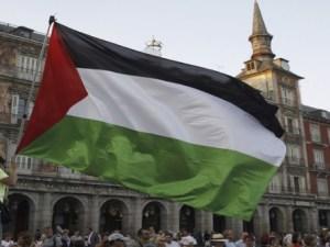 Bandera Palestina frente al Parlamento Británico