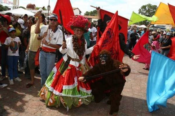 baile-del-mono-senora