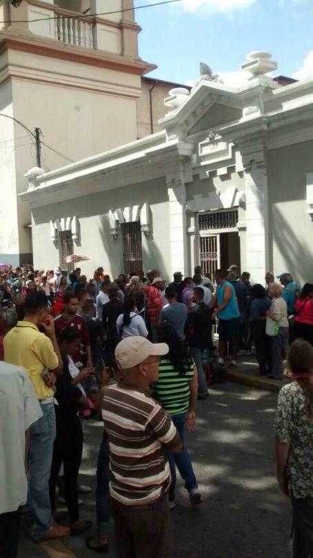 Escuela 19 de Abril, avenida San Martín, Caracas.