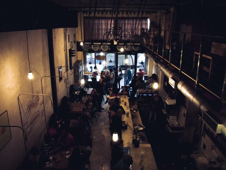 Artesanos Cafetería. Centro. Caracas                                             Fotografía: Marcelo Volpe.