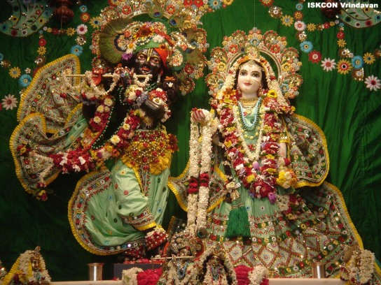 Krishna Radha Wallpaper With Quotes Radha Krishna Desicomments Com