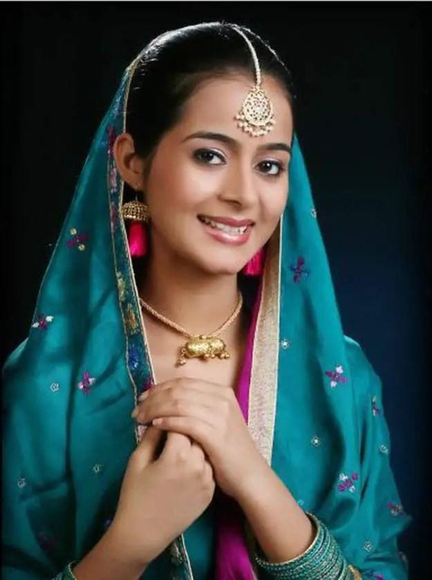 Muslim Girl Eyes Wallpapers Punjaban Jatti Desicomments Com