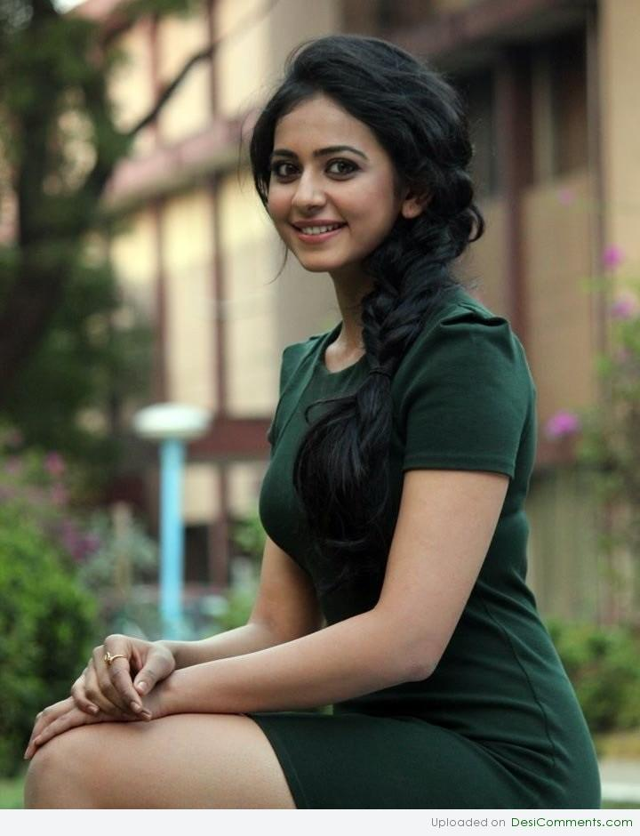 Good Quotes Wallpapers In Hindi Rakul Preet Singh Looking Pretty Desicomments Com