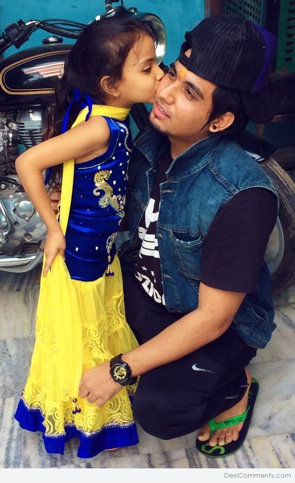 Bohemia Quotes Wallpaper A Kay With His Cute Fan Desicomments Com