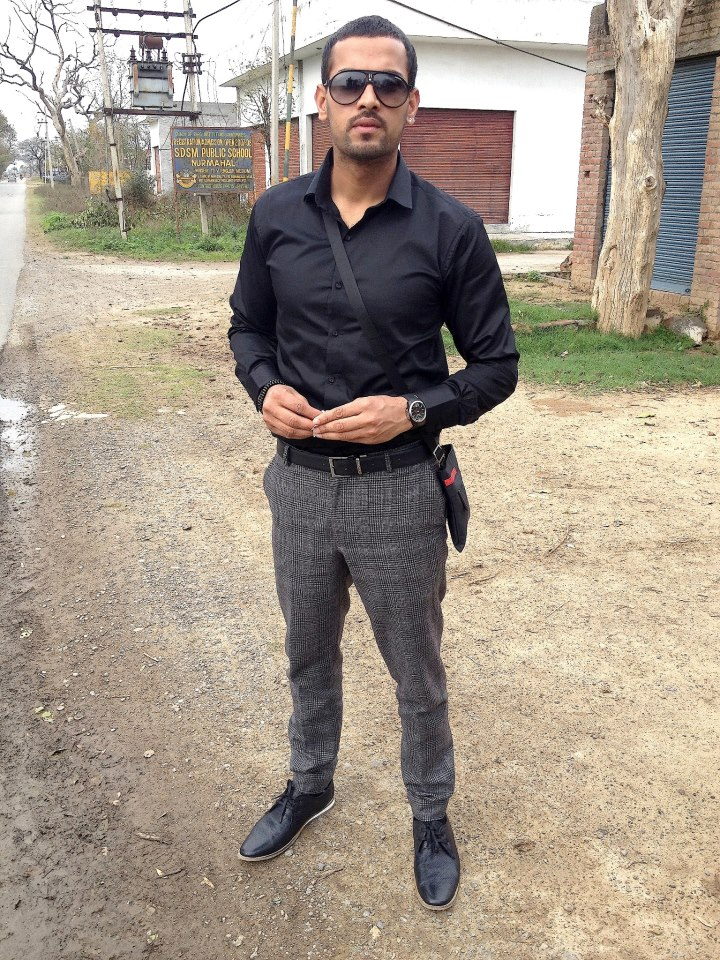 Love And Sad Quotes Wallpapers Pujabi Singer Garry Sandhu Desicomments Com