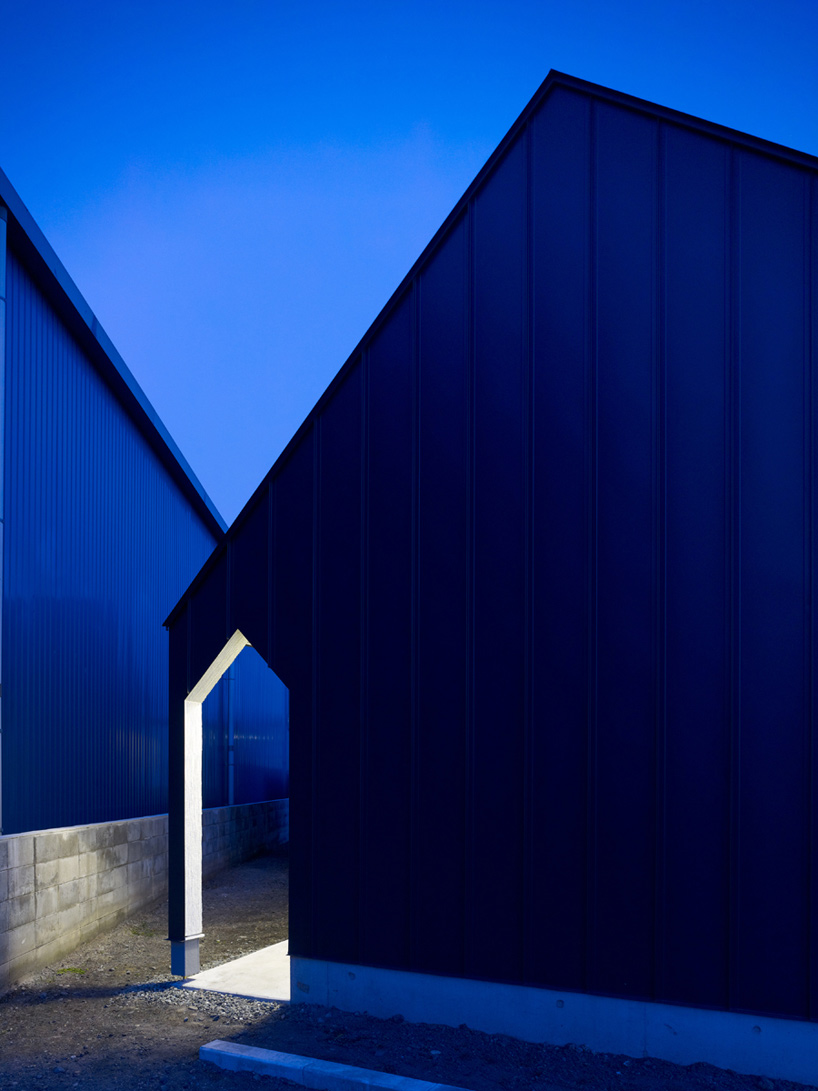 3d Roof Wallpaper Kino Architects Branch House