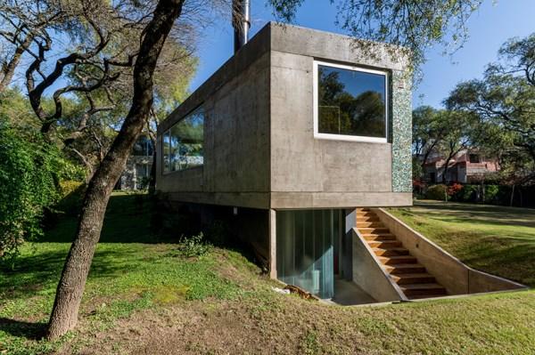 Casa del Bosque, Argentina
