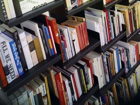 bookshelve 03