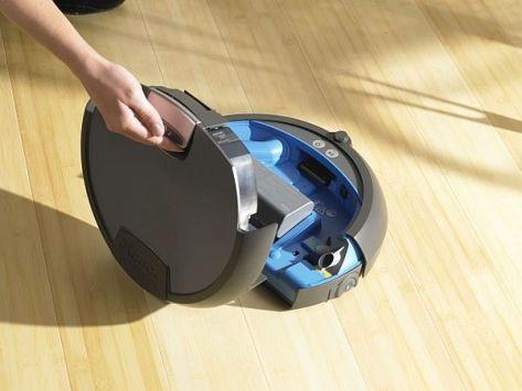 iRobot's Scooba 390
