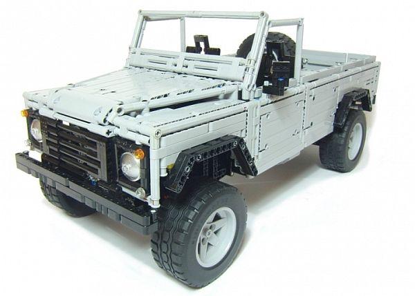 Land Rover made using LEGO