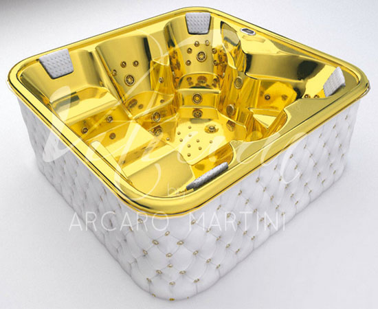 gold_and_white_leather_bathtub_rozks