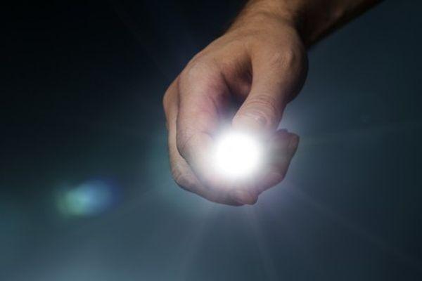 human-powered-flashlight-shutterstock_116058919-617x416