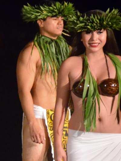 Hula Dancers, Maui