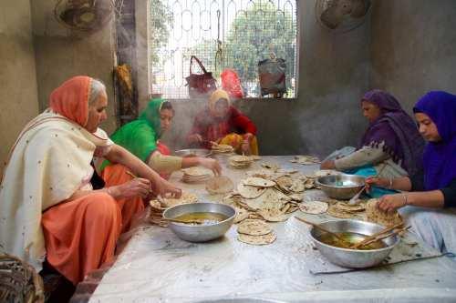 Finishing the Chapati