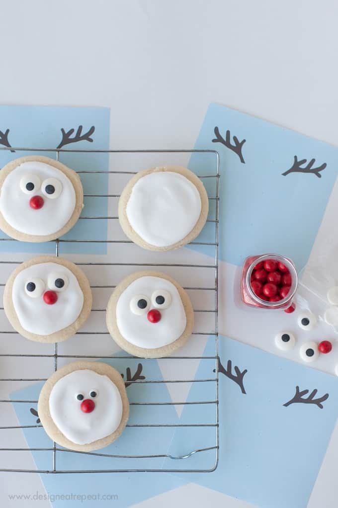 Reindeer Sugar Cookie Printable |  A Christmas Cookie Decorating Idea by Design Eat Repeat