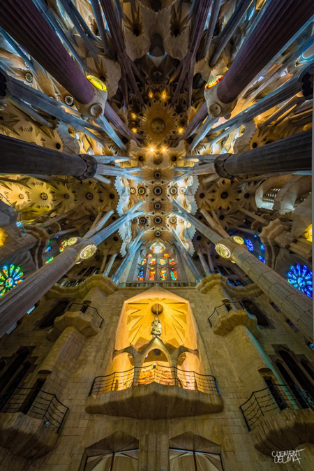 Sagrada-Familia-Perspectives-640x959