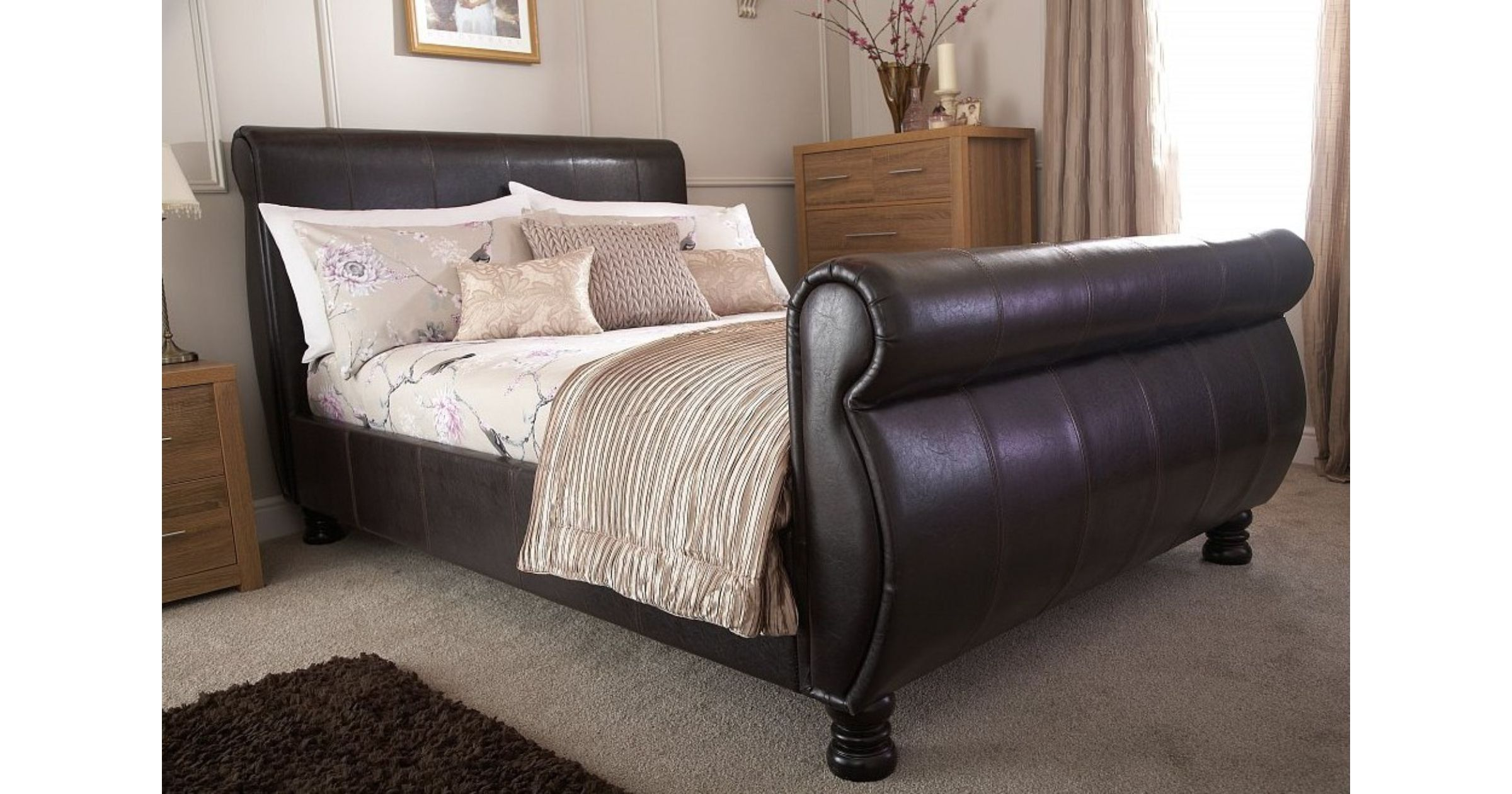 Chicago Sleigh 539 Kingsize Bed Brown Faux Leather