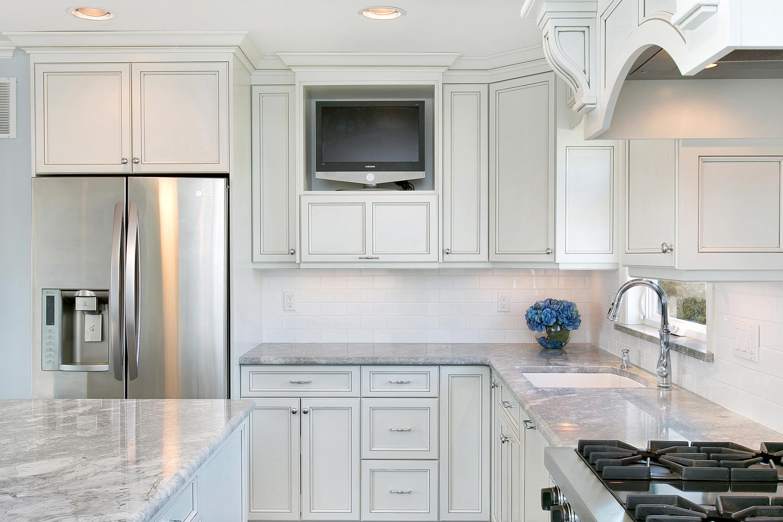 559 Crestview Terrace Point large 017 Kitchen Detail 1500x1000 72dpi 2192